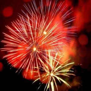 [diwali+crackers+fireworks.jpg]